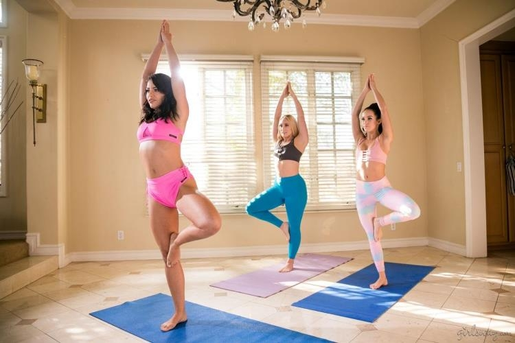 Adriana Chechik, AJ Applegate, Megan Rain - Squirting Stories Volume Two: Wet Yoga [GirlsWay / FullHD]