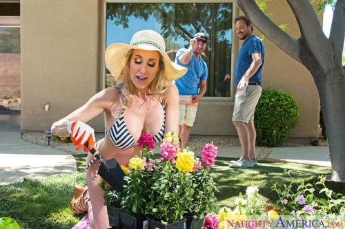 MyFriendsHotMom.com, NaughtyAmerica.com [Hot Mom] SD, 360p