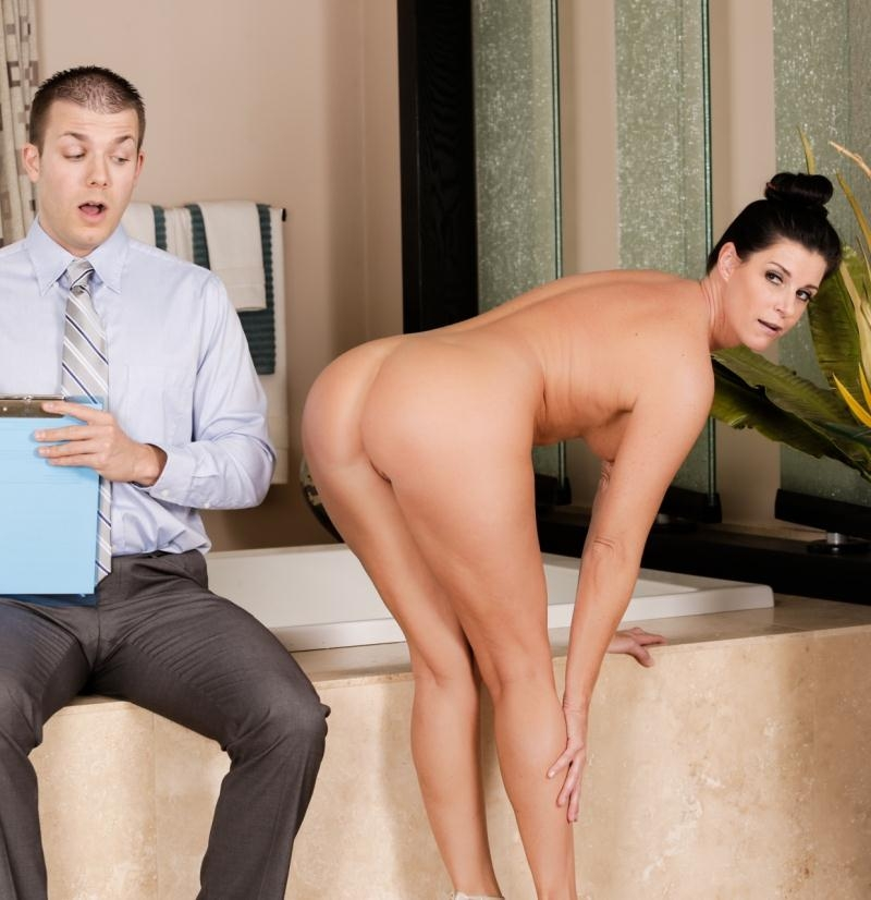 NuruMassage/Fantasymassage: India Summer - Consensual Census  [FullHD 1080p] (1.22 GiB)