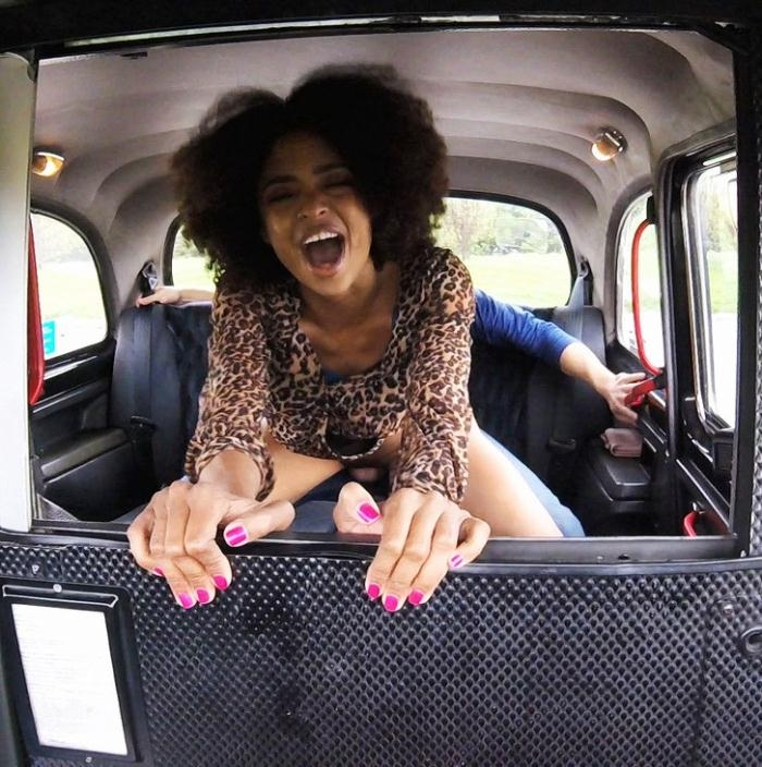 FakeTaxi - Luna Corazon - Ebony Stunner Rides Big Dick  [2016 HD]