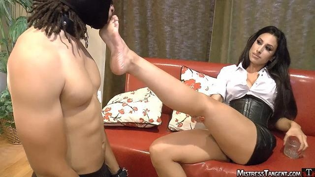 Mistress Tangent - Hot Foots [MistressTangent / HD]