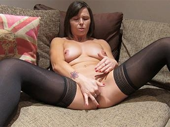 [FakeAgentUK.com / FakeHub.com] Jamie Ray - Randy Brunette Takes a Big Facial [SD, 480p] - 451 MB