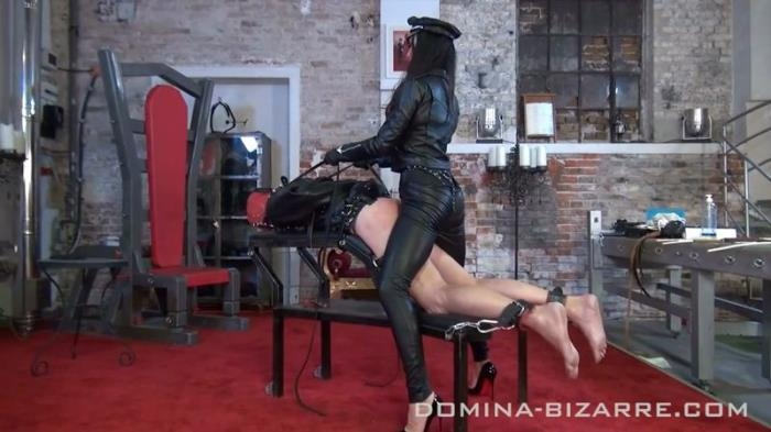 Strenge Ledersession Teil 3 (Domina-Bizarre) HD 720p