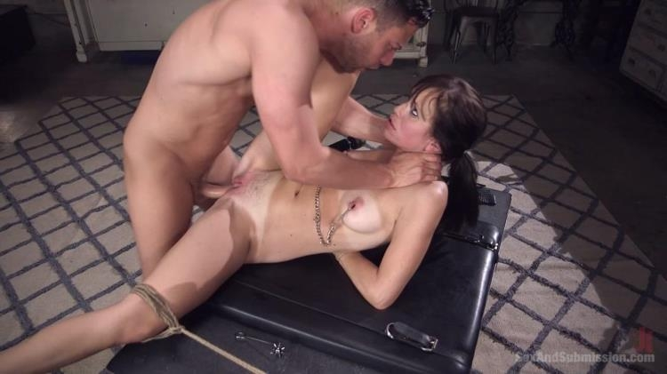Alana Cruise - Family Values [Kink, SexAndSubmission / HD]