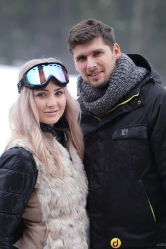 DaneJones.com / SexyHub.com [Cayla Lyons - Passionate couple outdoor snow sex] SD, 480p