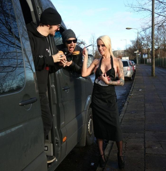 BumsBus/PornDoePremium - Sophie Logan - Tattooed German MILF Sophie Logan gets cum on ass in hot public bus fuck [HD 720p]