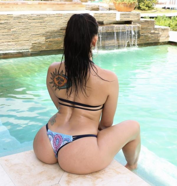 Mandy Muse - Hydraulic Booty Bounce (TeenCurves) [HD 720p]