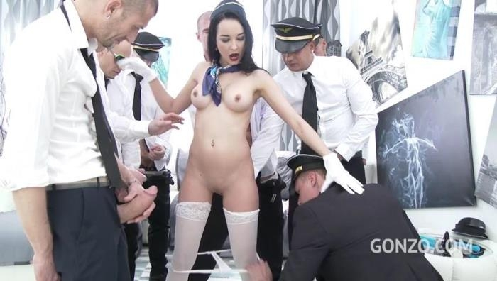 Francys Belle takes a flight with Gabgbang airlines SZ1718 [SD/480p/782 MB]
