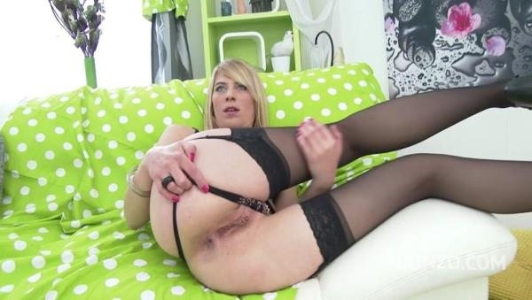 LegalPorno - Anal milf slut Jentina Small first triple penetration & double pussy [SD, 480p]