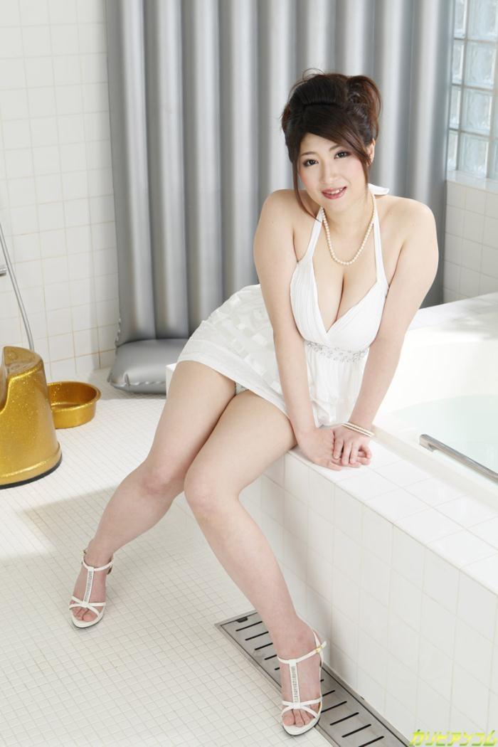 Caribbeancom: Rina Araki - I Want What Would You Wash My Chest [SD 360p]