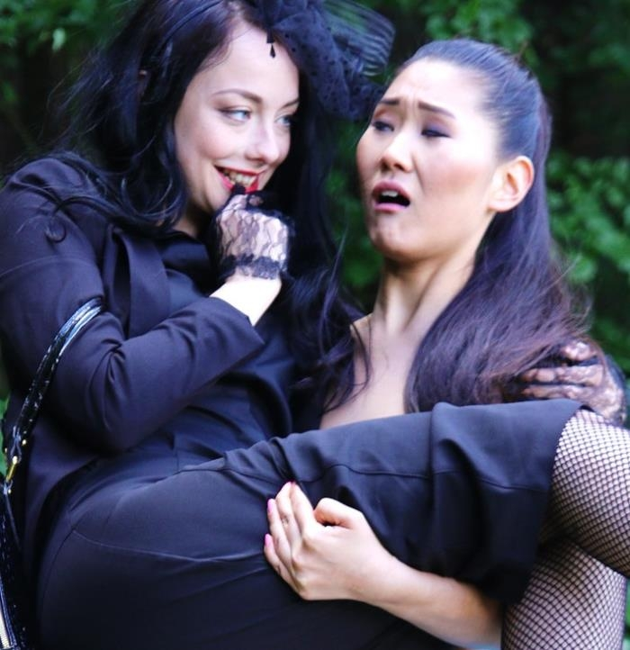 Alessa Savage, Cage Jordi, Katana - Devious Lesbian Gets Her Asian Babe  [FullHD 1080p]