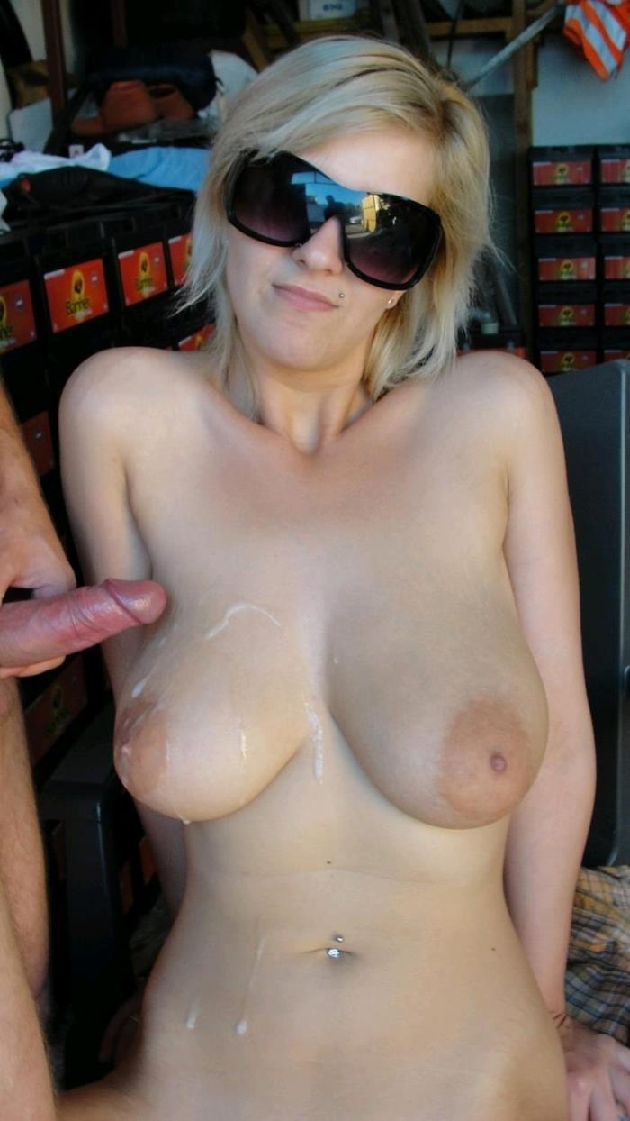 Tuttifrutti.club - Adriana - Busty amateur blonde garage fucking [HD 720p]