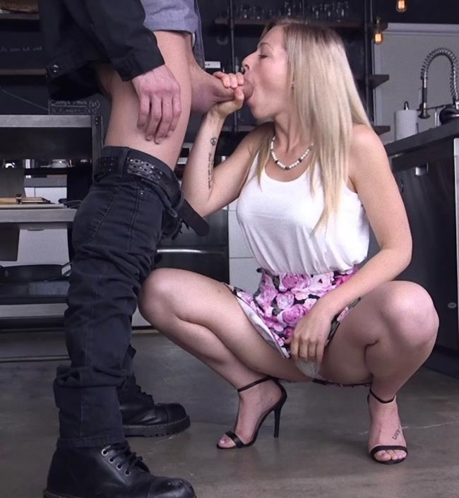 SexAndSubmission/Kink: Zoey Monroe - Blackmail Lust 2 American Criminal  (SD/540p/522 MiB)