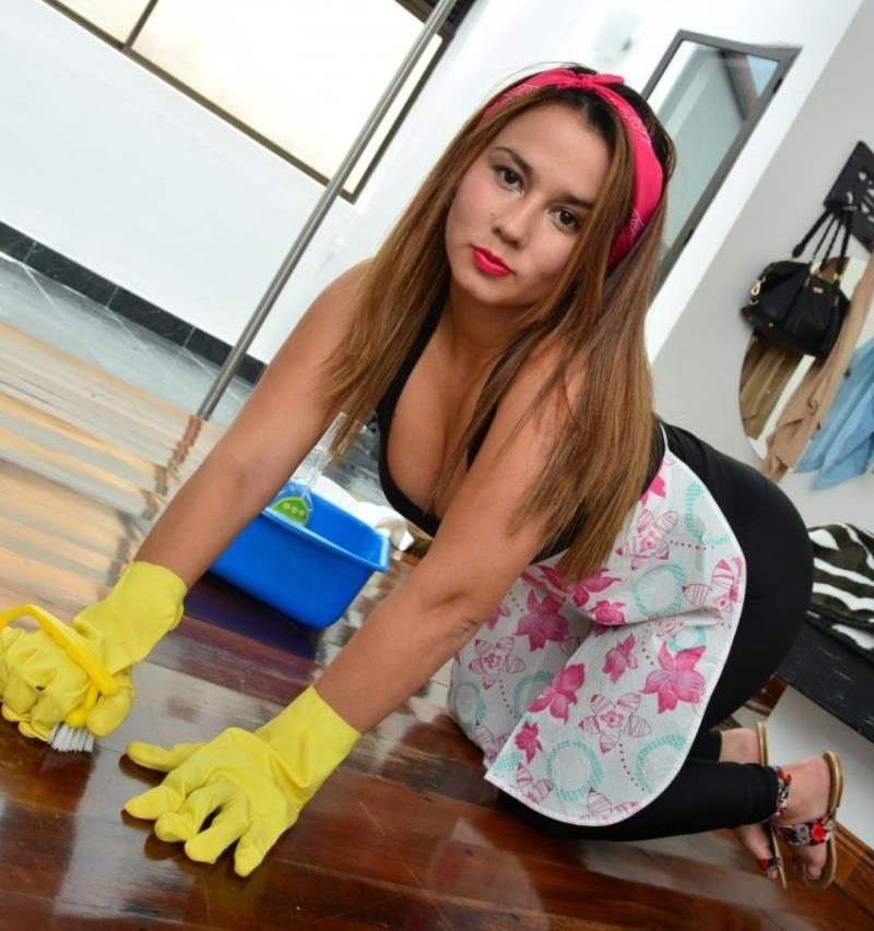 OperacionLimpieza/PornDoePremium: Angela Rodriguez - Young Colombian cleaning lady Angela Rodriguez in nasty fuck and facial  [HD 720p] (702 MiB)