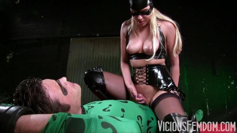 ViciousFemdom.com / FemdomEmpire.com: Vanessa Cage - Catwoman's Pussy Trap [HD] (318 MB)