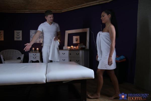 MassageRooms, SexyHub - Apolonia Lapiedra - Hot Spanish babe's multiple orgasms [SD, 480p]