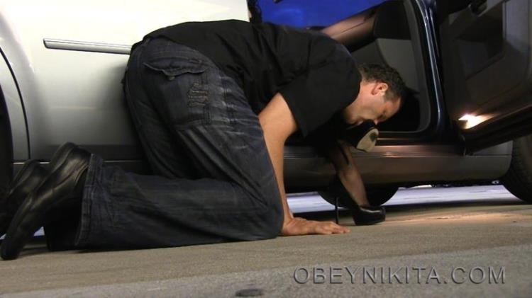 Mistress Nikita - My Chauffeur Shoe Fucker [Clips4sale, ObeyNikita / HD]