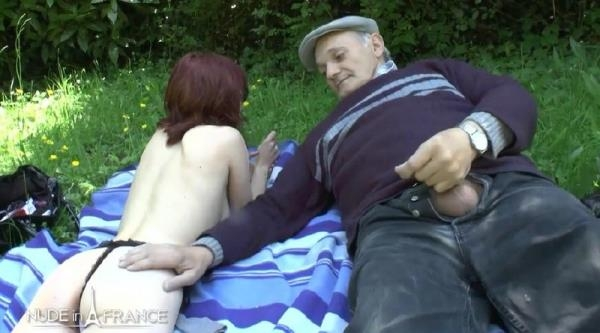 Lisa Candy - Pretty young redhead slut suntbathing licked and fucked by Papy Pervers (NudeInFrance.com)  [HD 720]