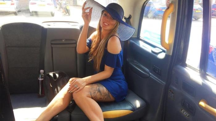 Stacey Saran - Long Legs Tattoos and Great Tits  [HD 720p]