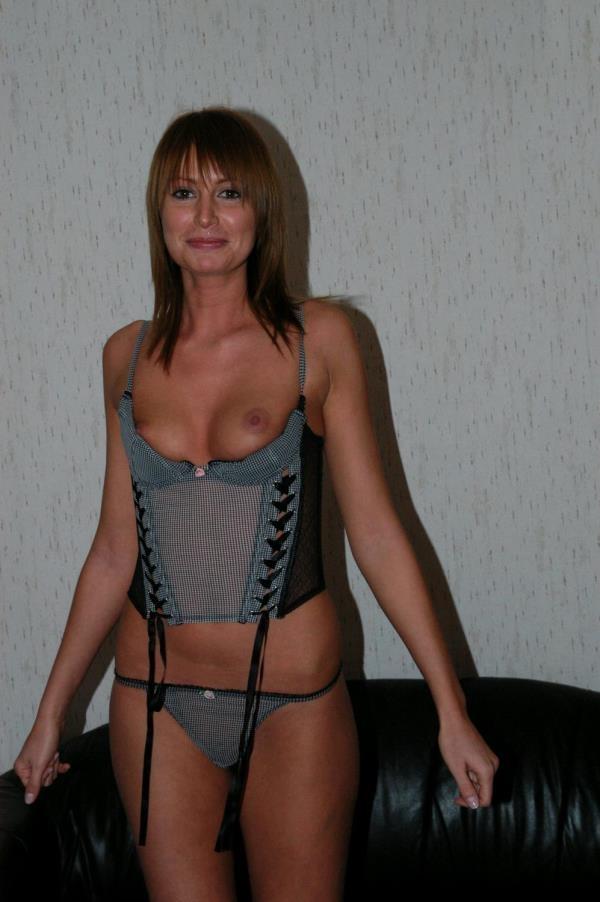 Cathie - Amateur beauty home porn (TuttiFrutti.club) [HD 720p]