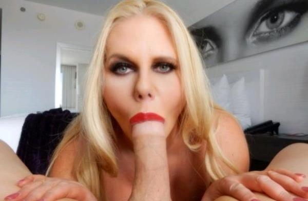SexyKarenxxx: Karen Fisher - Big Tit Blonde Mom POV (2017/FullHD)