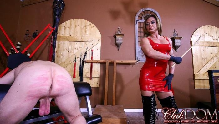 ClubDom.com - Nina Dolci - Turning Her Slave's Ass Red [FullHD 1080p]