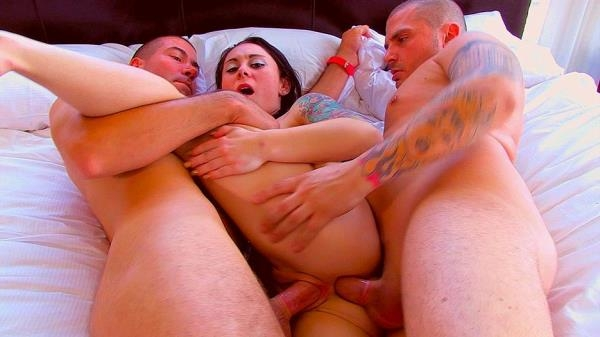 Amy Lee, Samantha Ardente, Vandal Vyxen, Candy Kiss - Best Threesomepilation (PegasProductions) [FullHD 1080p]