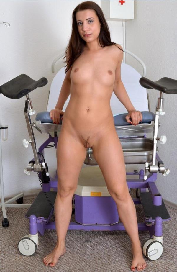 Terezza Bizzare - 24 years girl gyno exam  [HD 720]