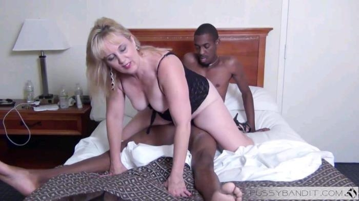 PussyBandit.com - Amateur - BBC is what she craves [FullHD 1080p]