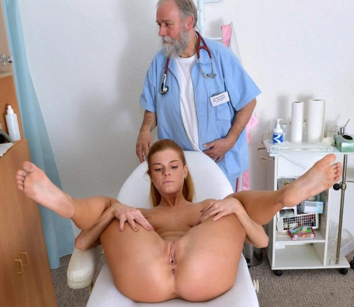 Chrissy Fox - 23 years girl gyno exam [HD 720p] Gyno-X.com