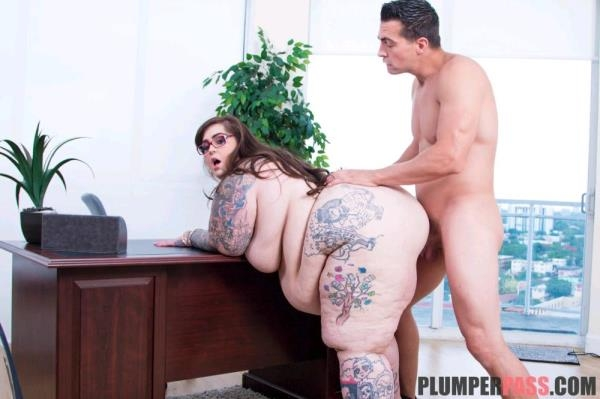 Veronica Bottoms Big Cock Resume! [PlumperPass 1080p]