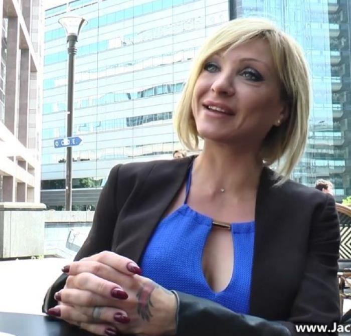 Lisa- Lisa, 38ans, dAjaccio ! [JacquieEtMichelTV] [FullHD|mp4|1.8 Gb|1080p|2017]