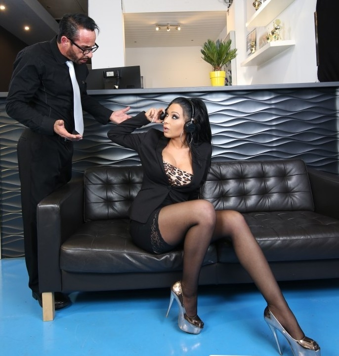 BumsBuero/PornDoePremium: Jacky Lawless - Busty German babe Jacky Lawless gets cum on tits from boss at the office  [HD 720p] (459 MiB)