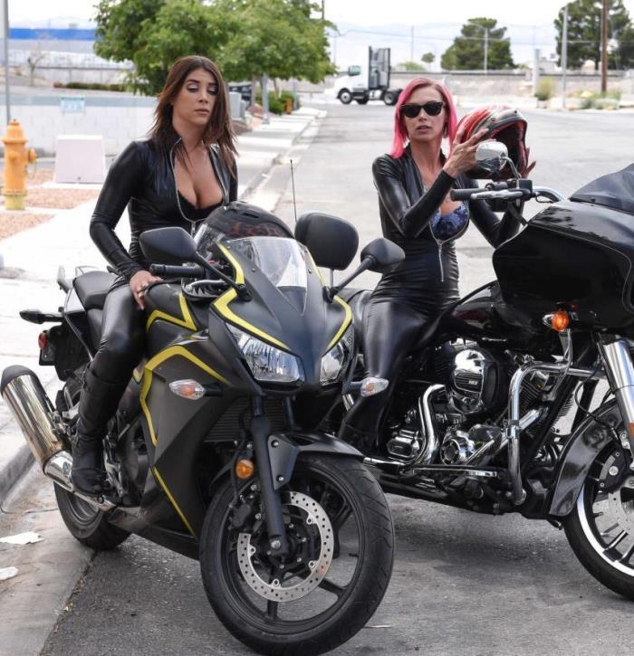 BrazzersExxtra/Brazzers: Anna Bell Peaks,Felicity Feline - Bloodthirsty Biker Babes: Part 2  [HD 720] (1.44 Gb)