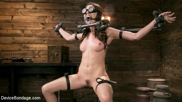 DeviceBondage: Melissa Moore - Neer Melissa Moore Submits to Screaming Bondage (HD/2017)