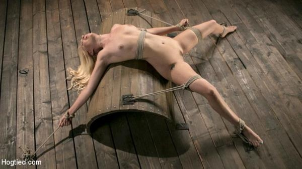 HogTied: Lyra Law - Sexy Blonde Mistres Submits to Rope Bondage and Suffering (2017/HD)