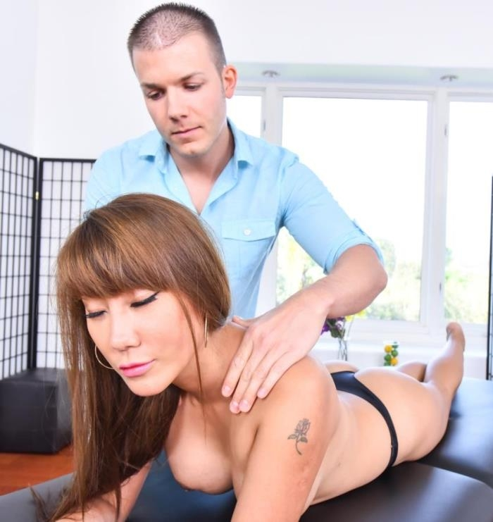 Tiffany Rain- Massage Turns Kinky [MommyBlowsbest/MyxxxPass] [HD|mp4|1.15 Gb|720p|2017]