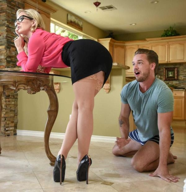 MilfsLikeItBig: Cherie Deville  - Moms Got A Meeting (2017) HD  720p