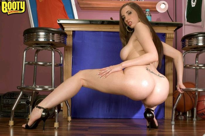 (PornMegaLoad.com) Kelly Divine - An Ass From Divinity (FullHD/1080p/861 MB/2017) PREMIUM VIDEO