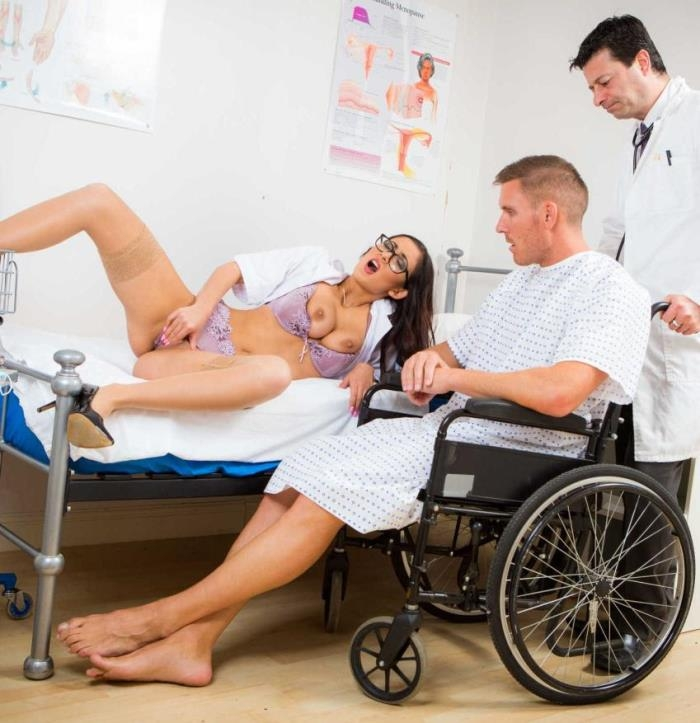 DoctorAdventures/Brazzers - Darcia Lee - Just Like That, Nurse [HD 720p]