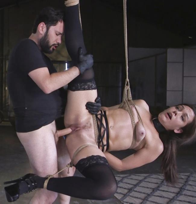 Kink/TheTrainingOfO - Bobbi Dylan, Kimber Woods - Two Submissive Sluts (BDSM)  [SD / 540p / 608.43 Mb]