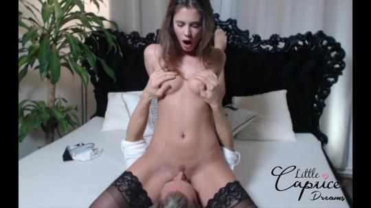 LittleCaprice-Dreams: Little Caprice - Livesex-Webcam (HD/720p/675 MB) 31.07.2017