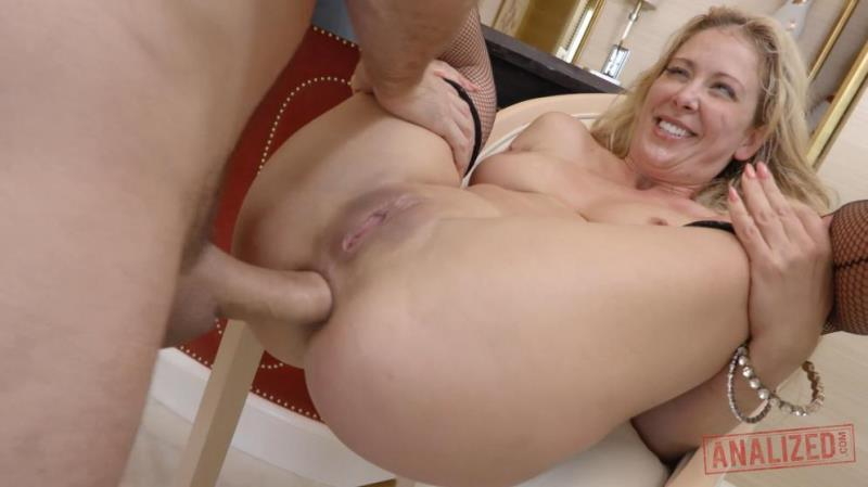Analized.com: Cherie Deville Likes Anal [SD] (728 MB)
