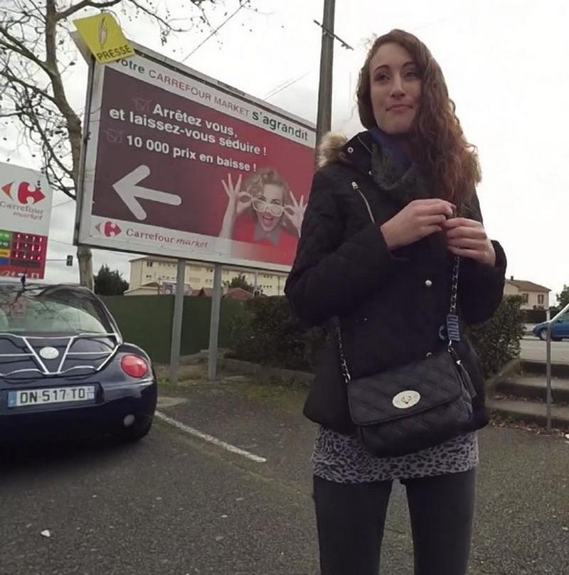 Carlie: Carlie, 23ans, aime la moto! (FullHD / 1080p / 2016) [JacquieEtMichelTV]