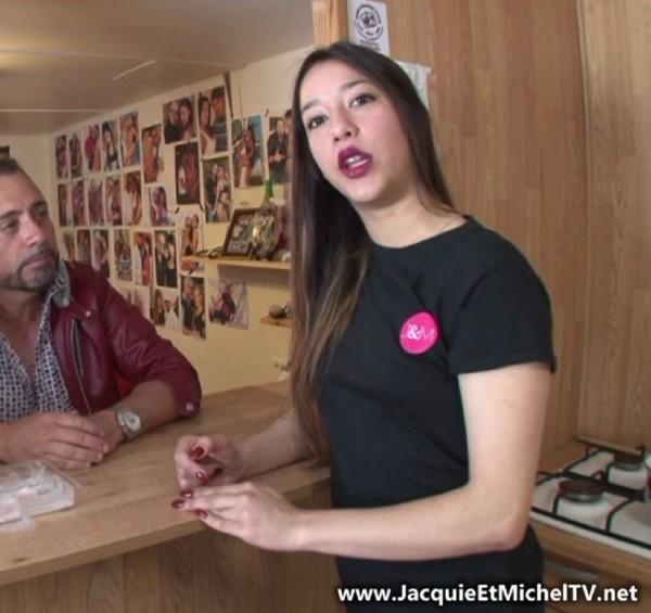 JacquieEtMichelTV:  Angie  - Le retour du fils prodigue ! (2017) FullHD  1080p