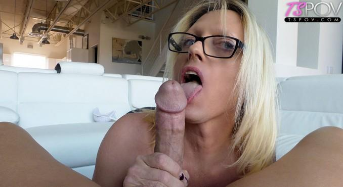 Jenna Ranee - busty blonde MILF TS Jenna Ranee sucks off a big dick (TsPov) FullHD 1080p