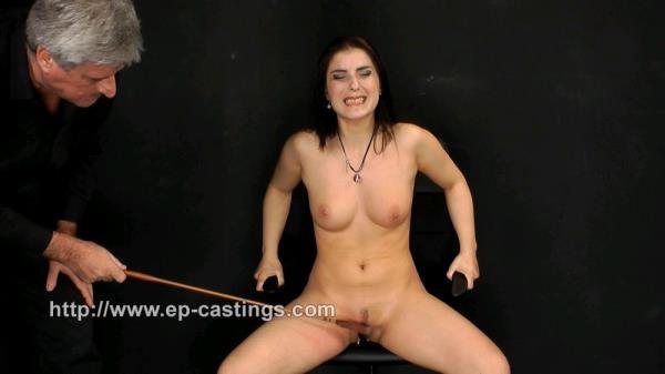 Nicole (HD) Spanking: Nicole - EP-CASTINGS 720p