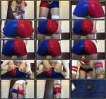 Harley Quinn poops her pants (FullHD 1080p)