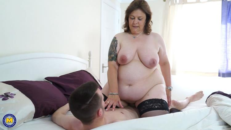 Tiger Cub (48) (20.07.2017) British chubby mature lady doing her toyboy [Mature.nl / FullHD]
