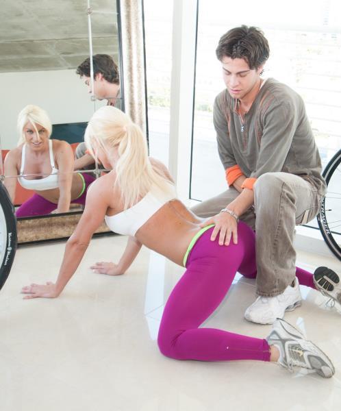 Ashlee Chambers - Platinums Sex Workout (MILFLessons.com/BangBros.com)  [HD 720pp]